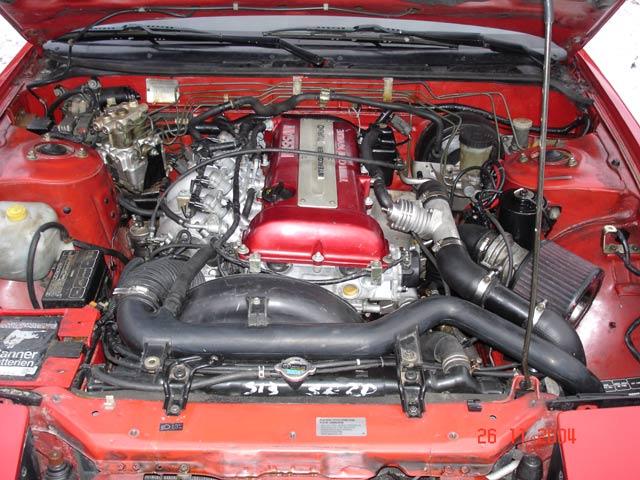Мотор SR20DET под капотом Nissan 200sx S13